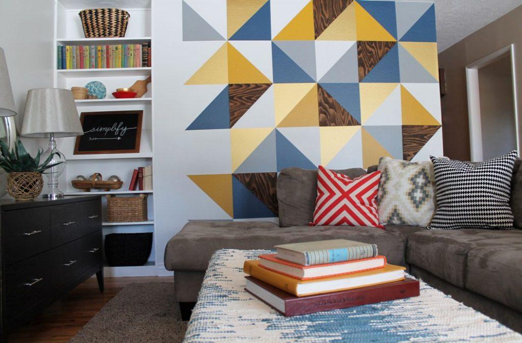 Покраска стен геометрическими узорами